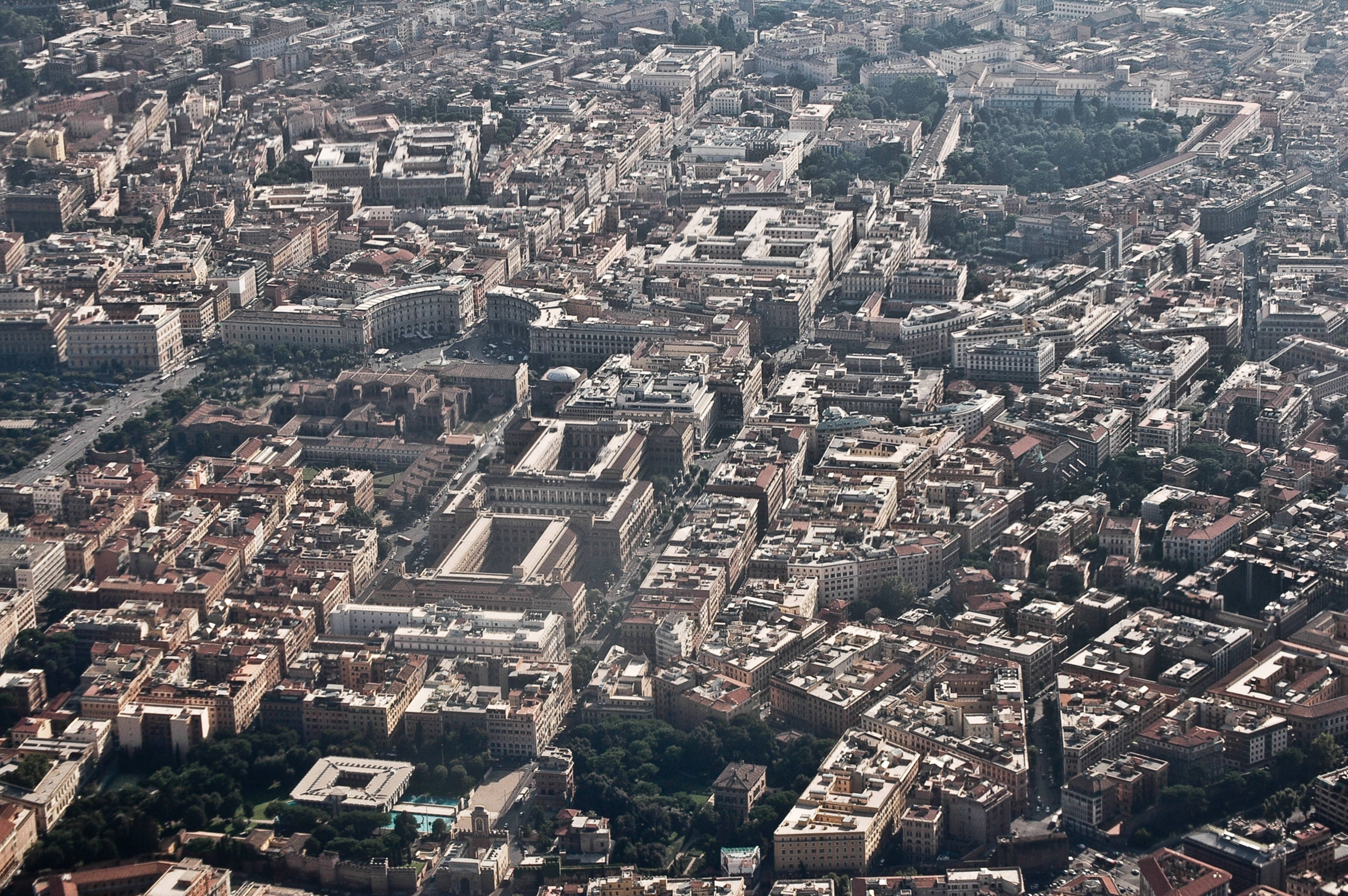 Aerial view of Rome center map