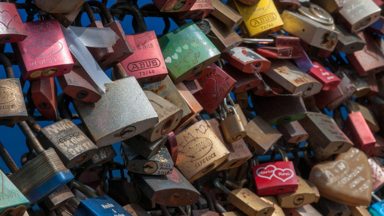 Love locks close-up copy space texture