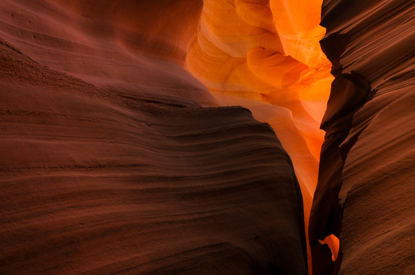 Lower Antelope Canyon lava colors