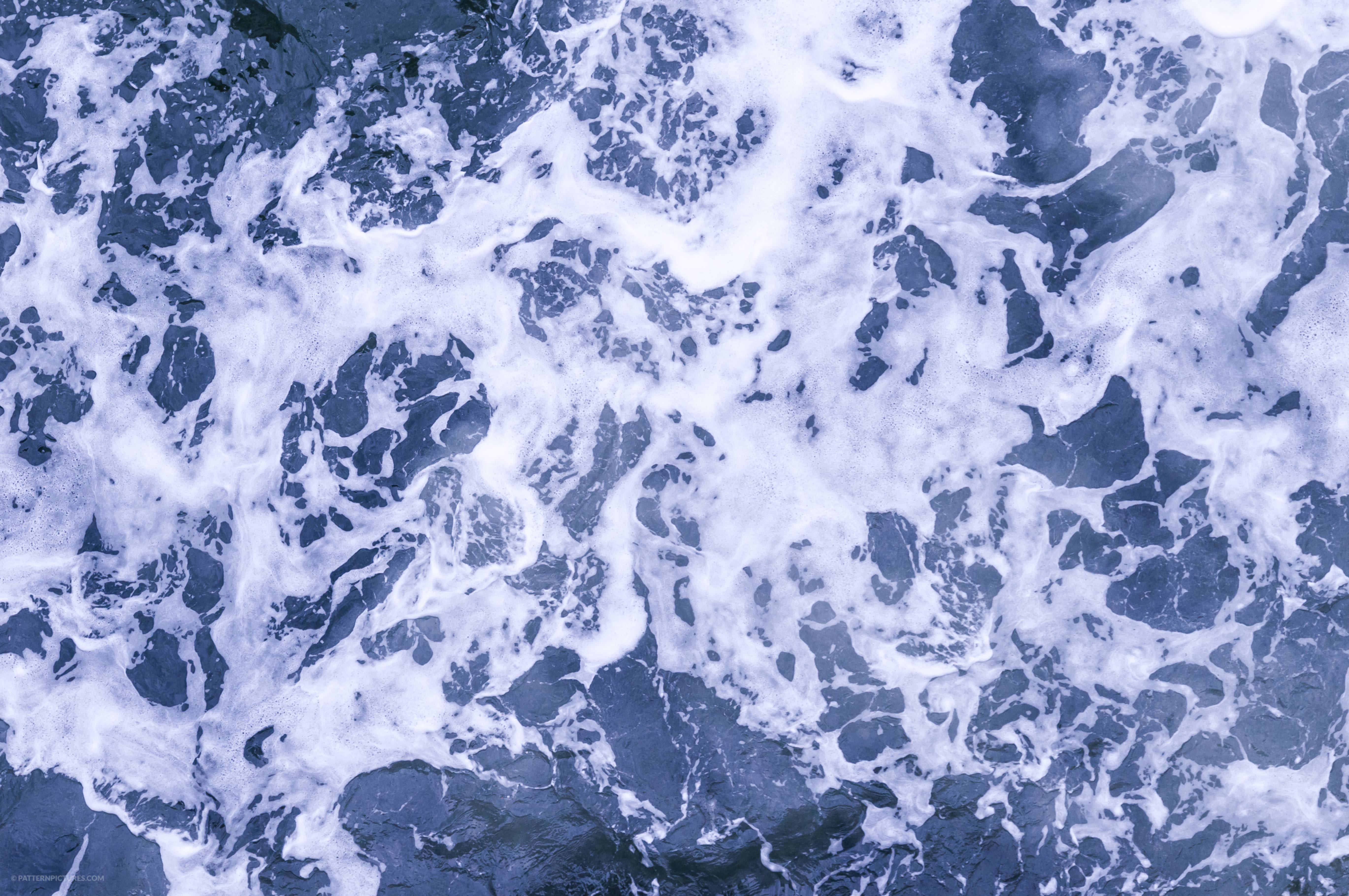 Marble pattern ocean texture from above
