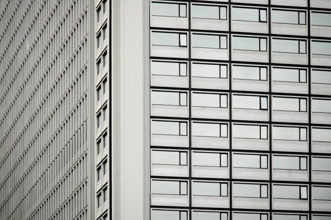 Minimalistic Metal Skyscraper Facade