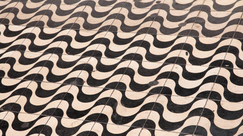 Organic Flowing Tiles
