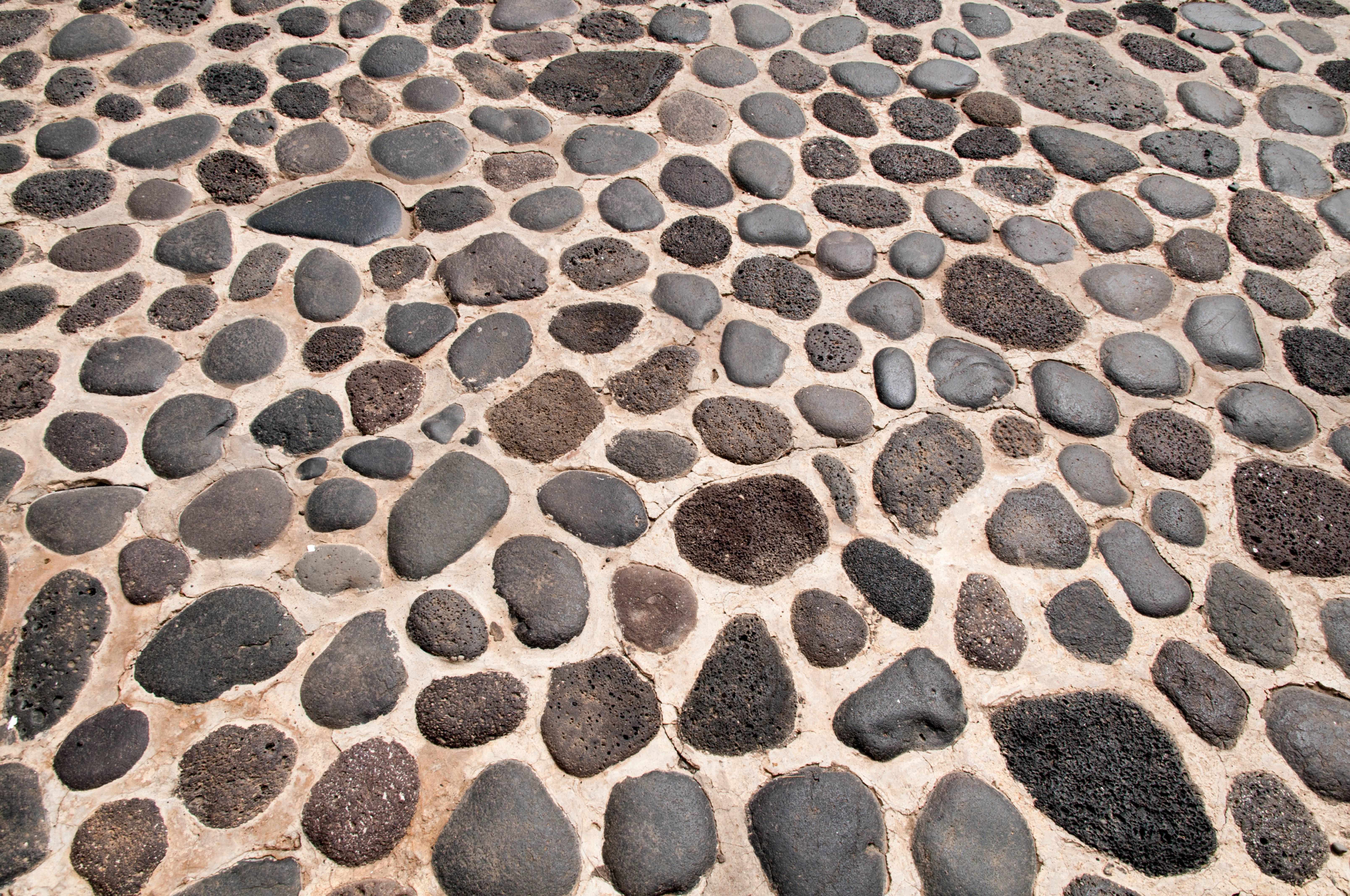 Round Stones Floor