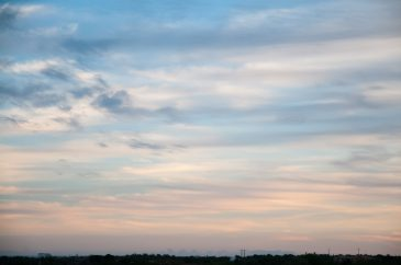 Thin layer of Clouds on Sundown