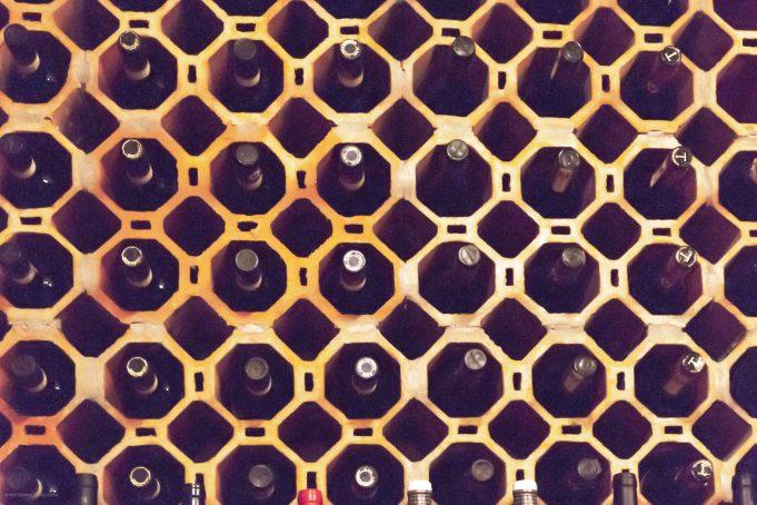 Wine cabinet pattern